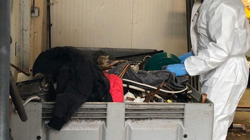 Geld wapens drugs op kamp in Oss